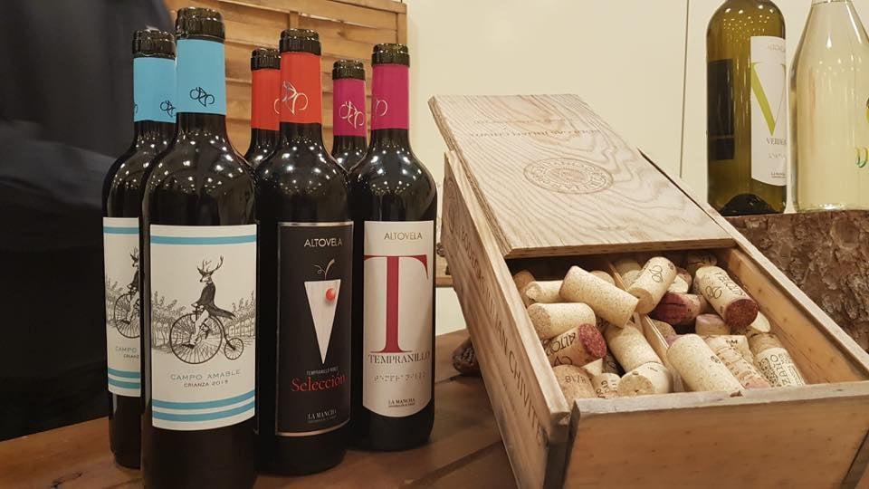 Presentación de la nueva imagen de los vinos de Bodegas Altovela